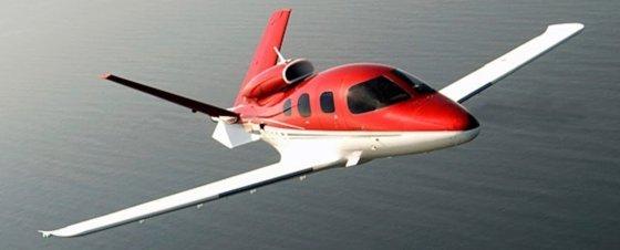 cirrus-jet-560x226